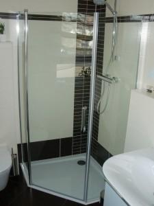 Duschabtrennung Gäste-WC